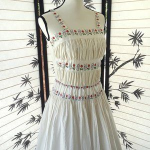 Darling Vintage 1950's White Floral Trim Sun Dress